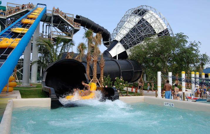 Black Thunder | Rapids Water Park - Riviera Beach, FL
